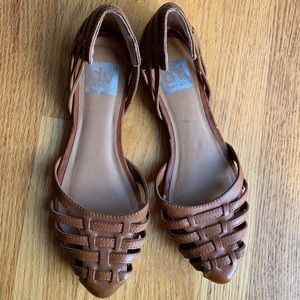 Dolce vita D'orsay flats 6.5 pointed toe cut out